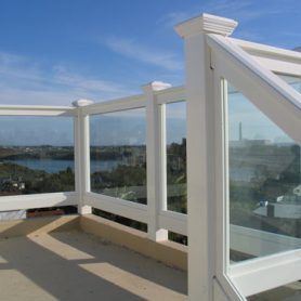 Top Rail Vinyl/Glass Railing