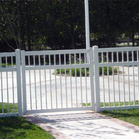 GATE/FENCE ENCLOSURE
