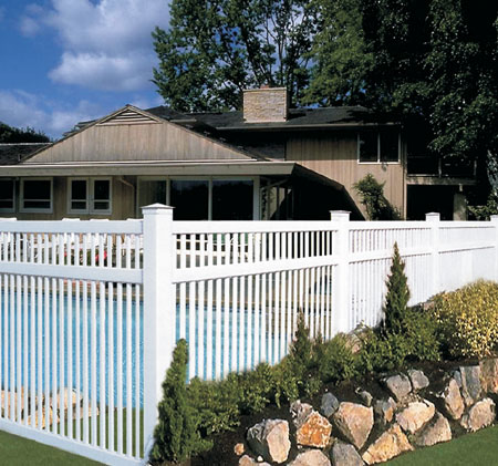 Contemporary Style Pool Fence Vinyl Pro Fence