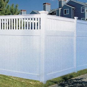 Privacy Fence with  Closed Picket Accent