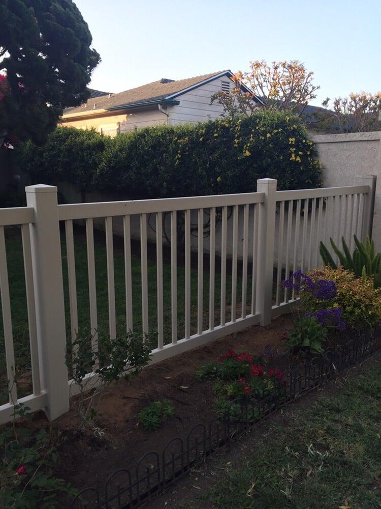 Fences Vinyl Pro Fence