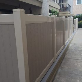Full Privacy Vinyl Fence