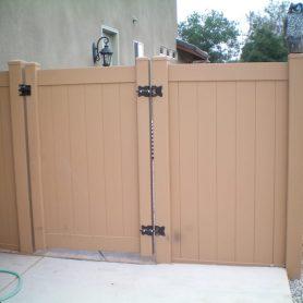 Cedar Vinyl Privacy Gate