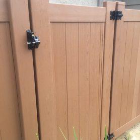 Full Privacy/Woodgrain Texture Gate